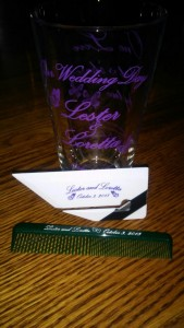 Every guest at the wedding of Verena's friend received a glass, letter opener, and comb with their names and date on them, as well as an apple and candy bar.